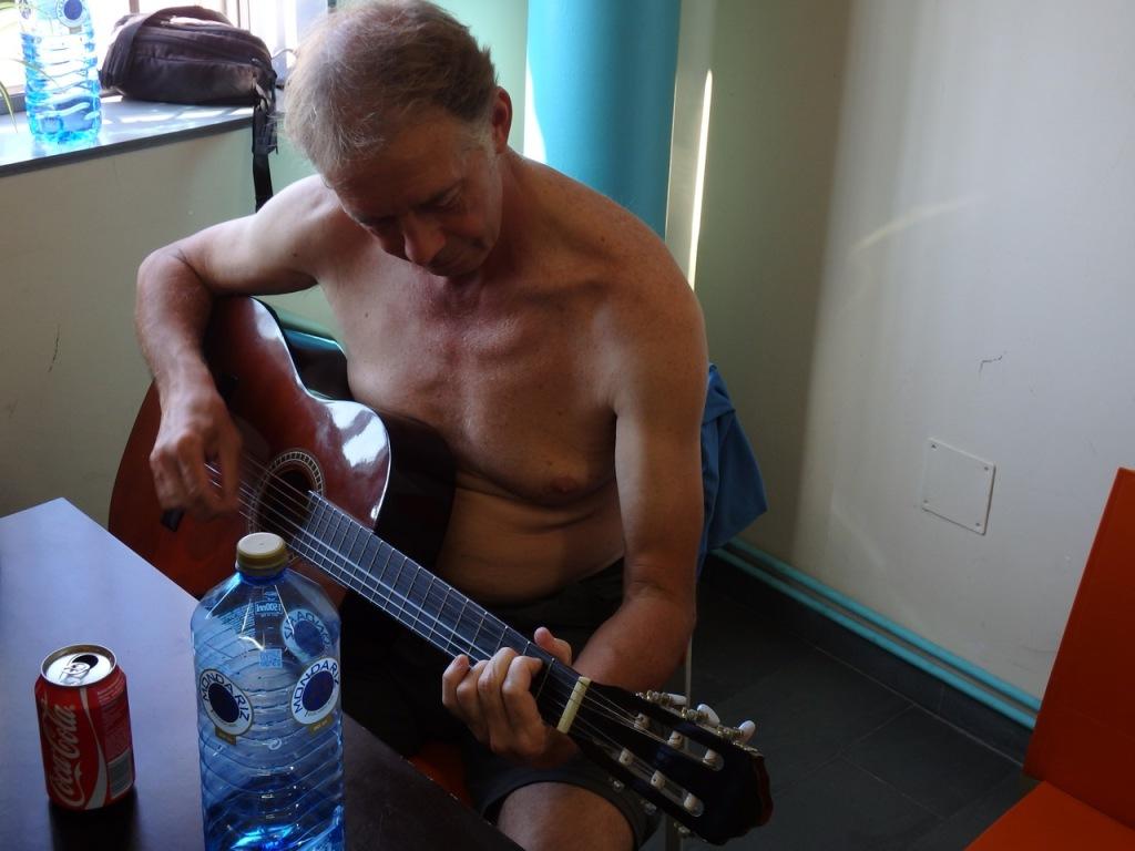 Even een gitaar geleend