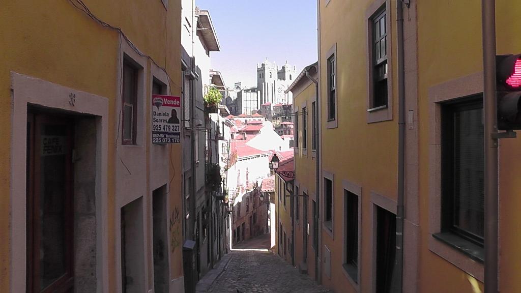 Zicht op Catedral Porto