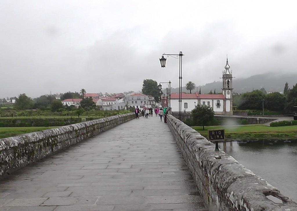 Oude voetgangersbrug