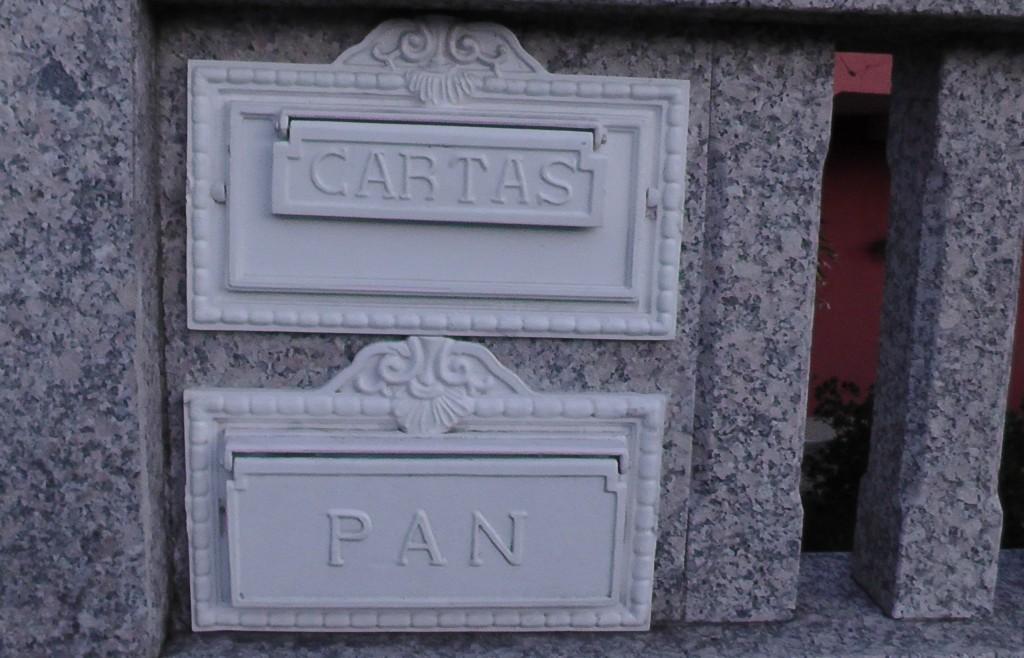 Voor brieven en brood