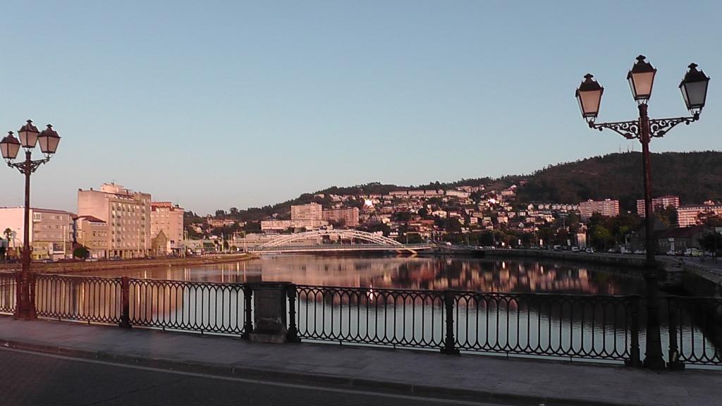 Vanaf de Ponto do Borgo over de Lérez