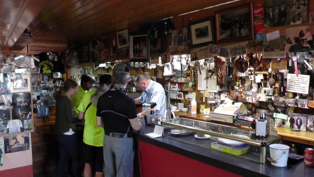 bar in Acebo