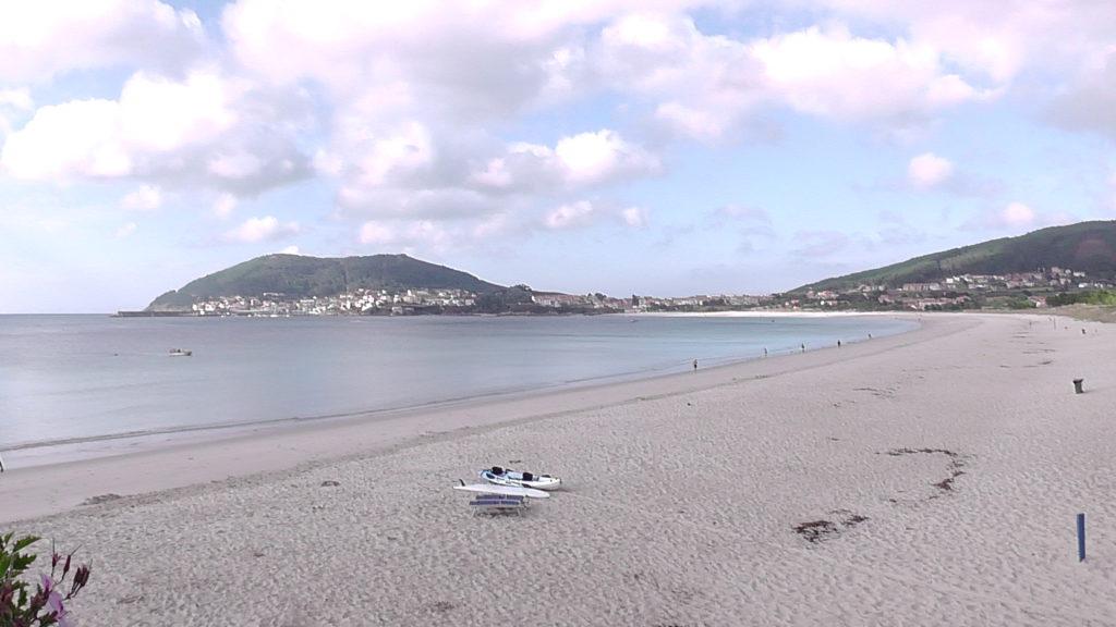 uitzicht op Fisterra vanaf strandbar La Capanina